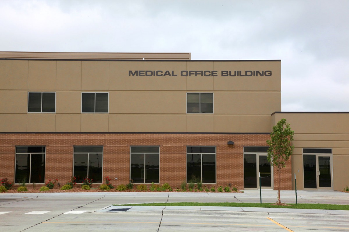 Medical-Office-Building-by-BD-Constructi