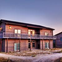 Prairie-Club-Cabins-08