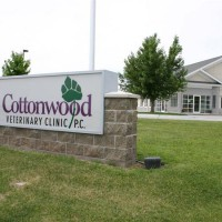 Cottonwood-Vet-Clinic-Nebraska-IMG_228043833resz